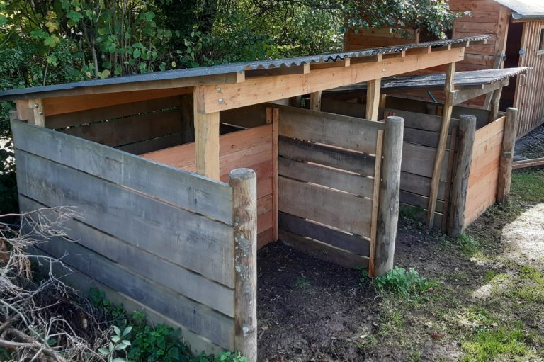 3x Chestnut compost bays with roofing & Bay dividers
