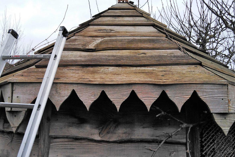 Kuti roof